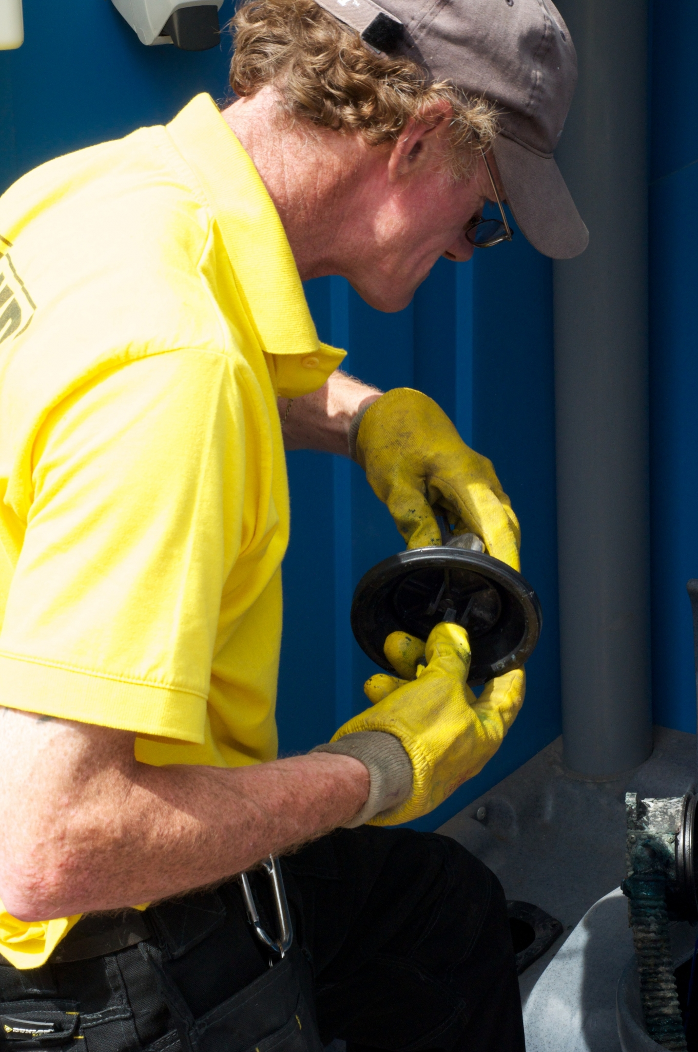 Moving Portable Toilet Introduces Automatic Routing System