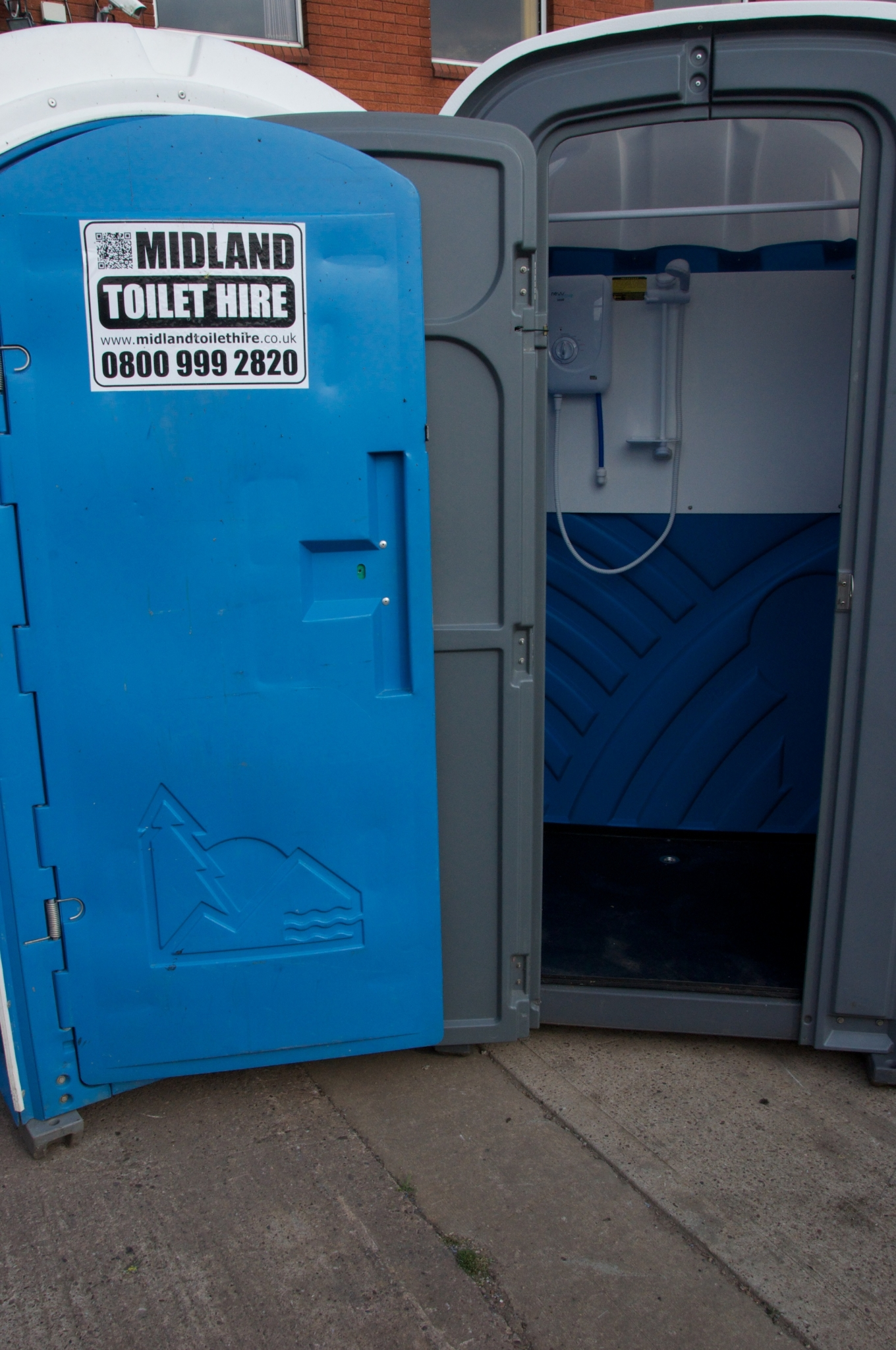 Portable Toilet Hire with sink