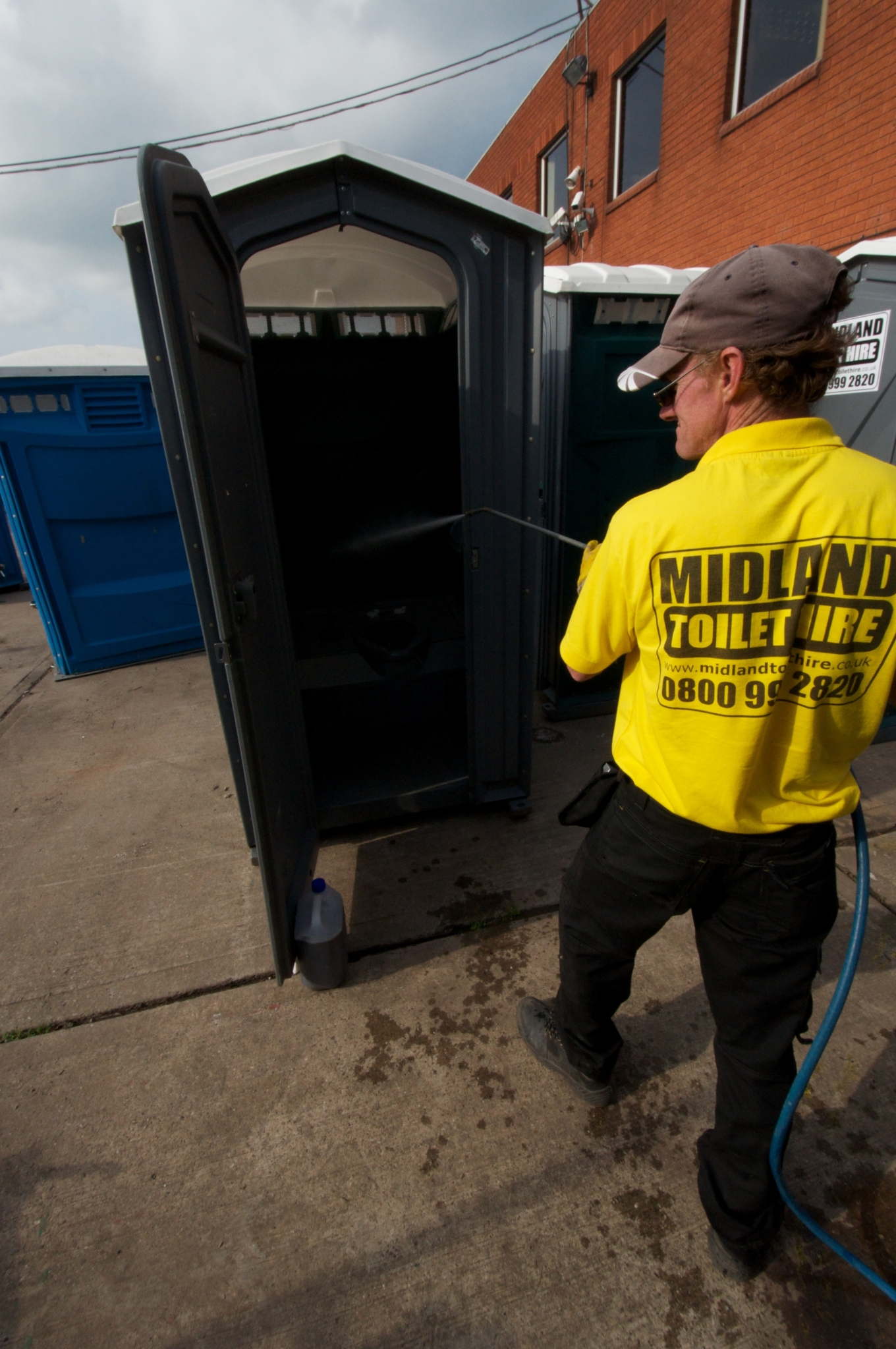 Worcester portable toilet hire