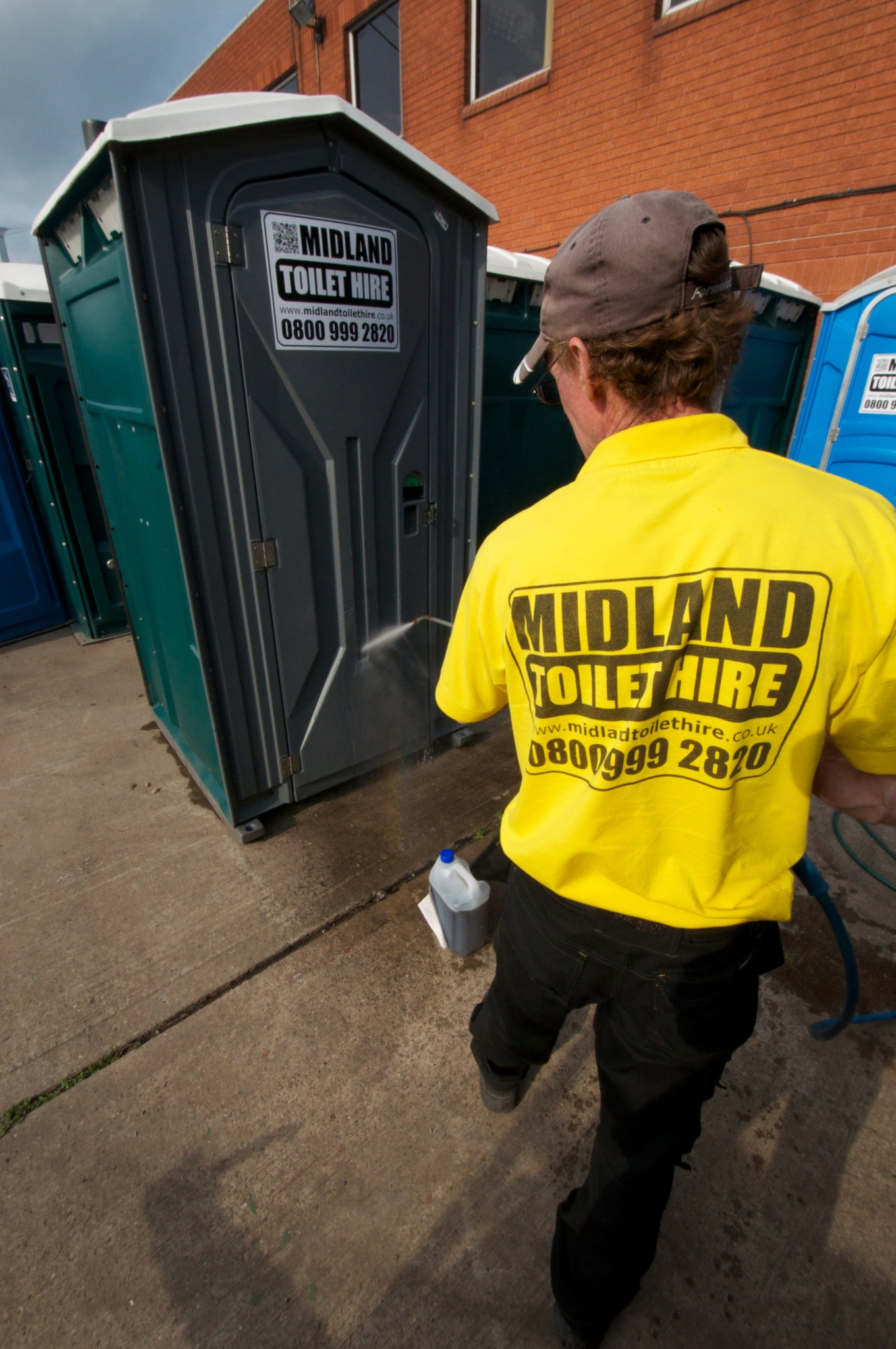portable toilet hire for building sites