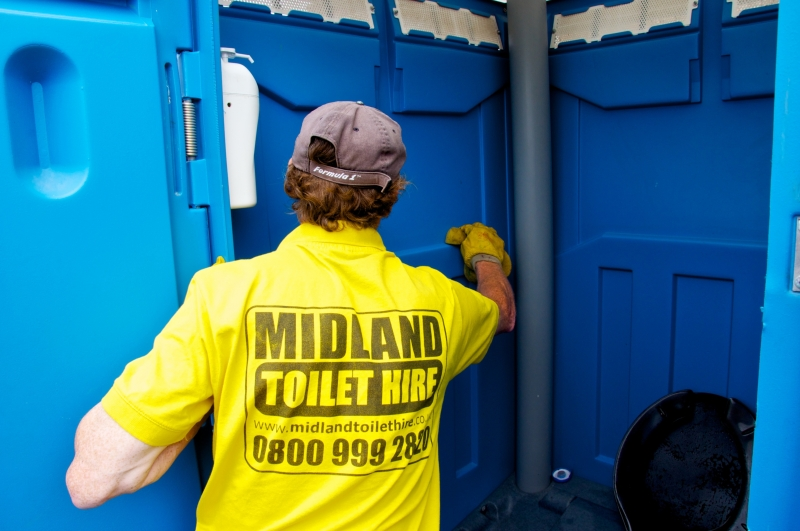 Midland Toilet Hire. Portable Toilet Hire in throughout the West Midlands