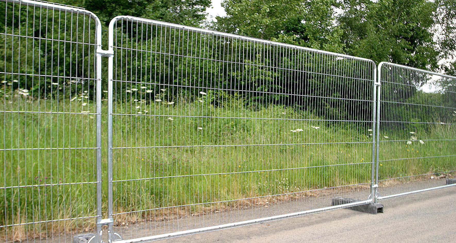 temporary fence hire, heroes fencing