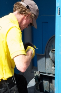 Why you need the best portable toilet cleaning service?
