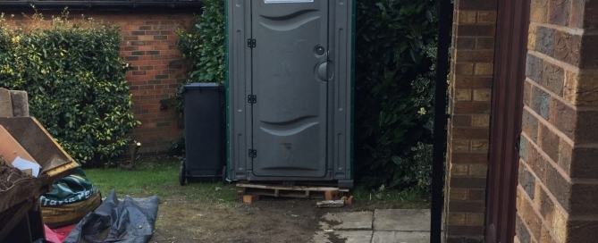 5 low priced portable toilets you can buy now